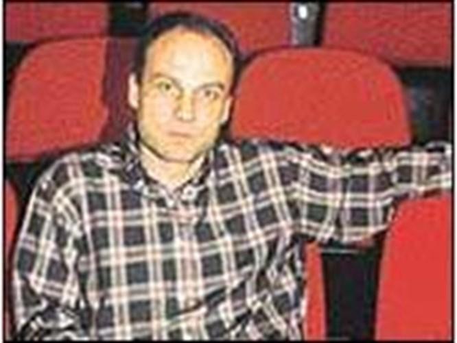 Tiyatrodaki sineklik DGM yolcusu